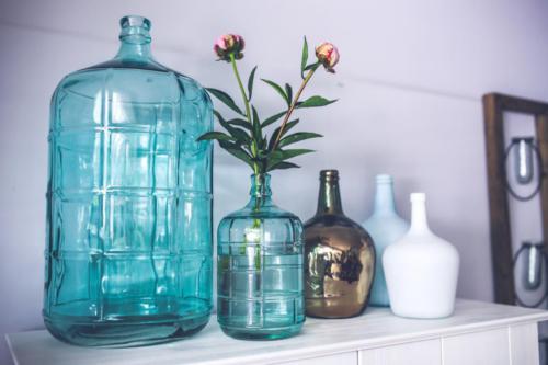 blue-glass-flower-decoration